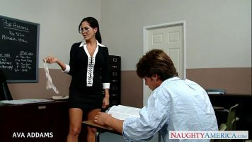 Wicked Pictures لطيفة الجنس في المدرسة مع فاتنة كبيرة muista