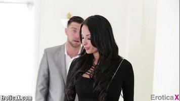 Seth Gamble, Club Anissa Kate في أنهت أعمالها الجنسية