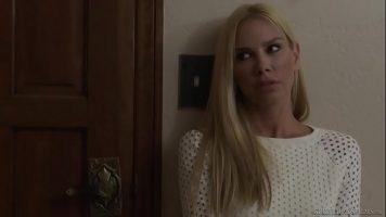اثنين من مثليات جيدة لعق بعضها البعض على كس قليلا مع Lena Nicole, Vega Vixen