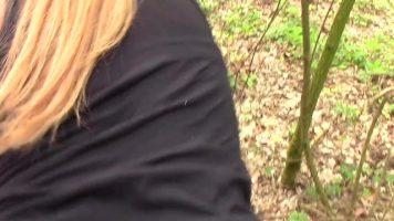 unknown xxxx الاباحية المجنونة المصنوعة من هواة الغابات